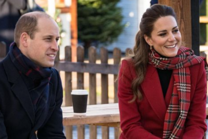 Stunning! Kate Middleton dons gorgeous red coat and tartan scarf for trip to Wales