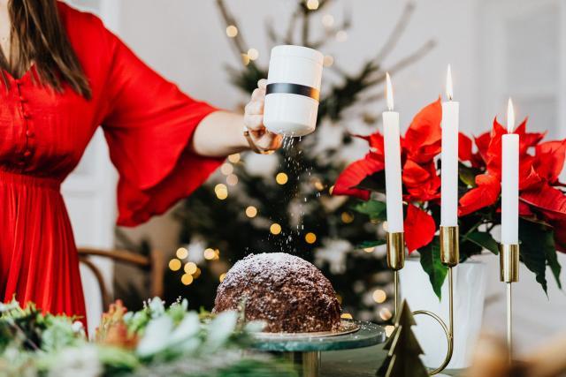 Alternative Christmas cake for fussy eaters