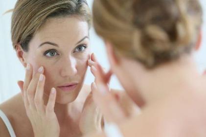 La Roche Posay's new age-correcting SPF cream is a skincare must have