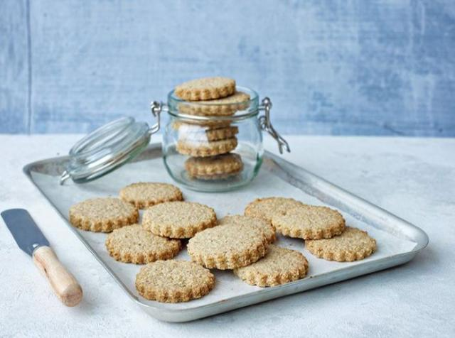 Recipe: Oaty Shortbread Biscuits are the perfect midday snack