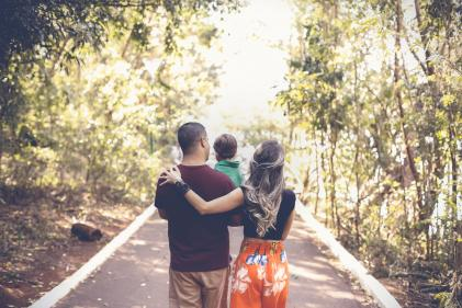 Mindful parenting: What is it and how to do it
