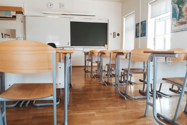 The cabinet confirms the phased reopening of schools this Monday