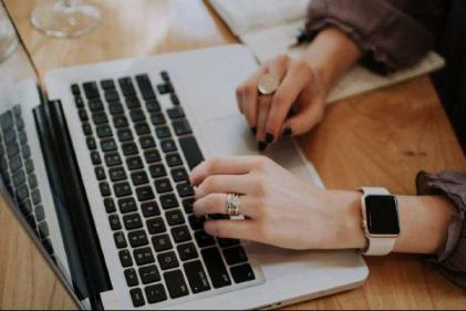 Feeling burnt out? Here's 6 ways to get you out of your Work From Home rut