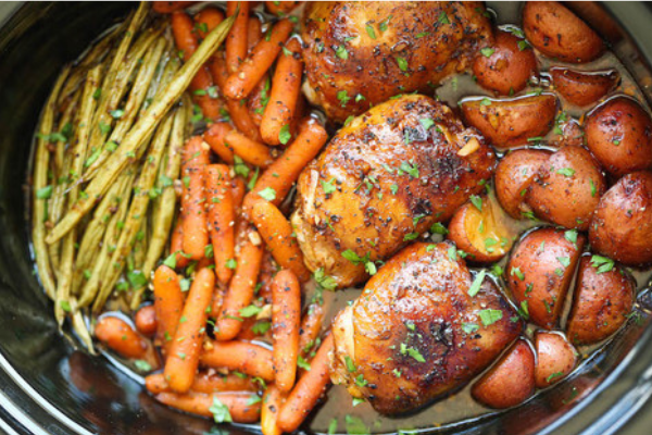 This slow-cooker honey-garlic chicken with veggies recipe is a family favourite