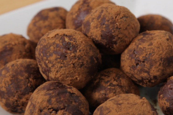 Snacking for days: These chocolate peanut butter power balls are a must-try