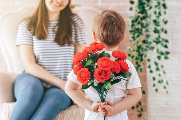Dealz launch affordable Mother's Day range with gifts costing as little as €1.50