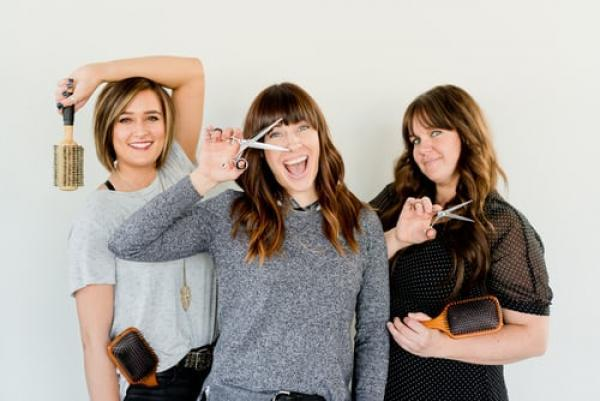 Your how-to guide on at-home-hairdressing