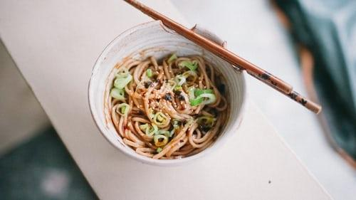 Spicy peanut noodle salad: Lunch is served!