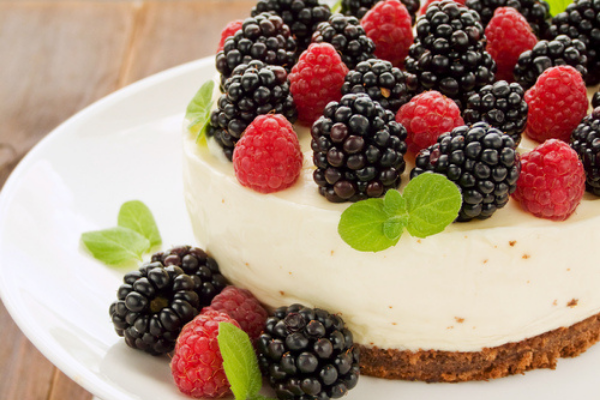 3 of our favourite cheesecake recipes ideal for Mother's Day celebrations