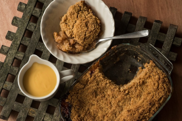 We adore this apple crumble recipe and so will your whole family