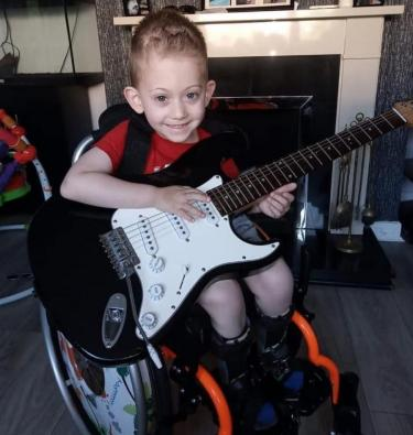 Four-year-old Lewis with dislocated hip has been waiting for surgery for two years