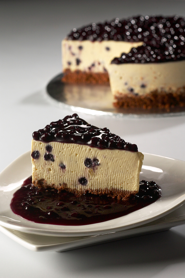 Blueberry and lime cheesecake