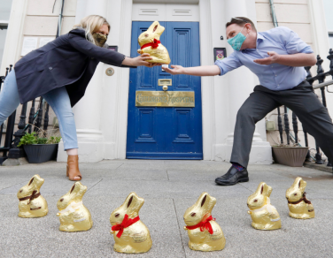 Lindt Ireland donates €40k worth of Gold Bunny Hunt Packs to raise vital funds