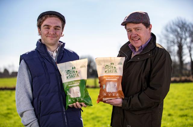 Sicín Sásta hatch a new Irish chicken range