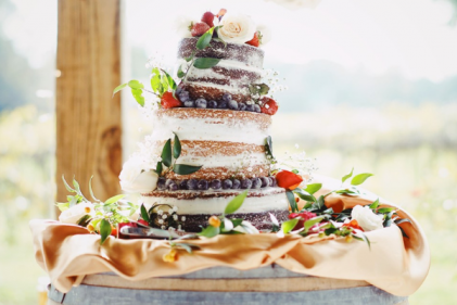 Weddings 101: How to make a homemade naked wedding cake from scratch