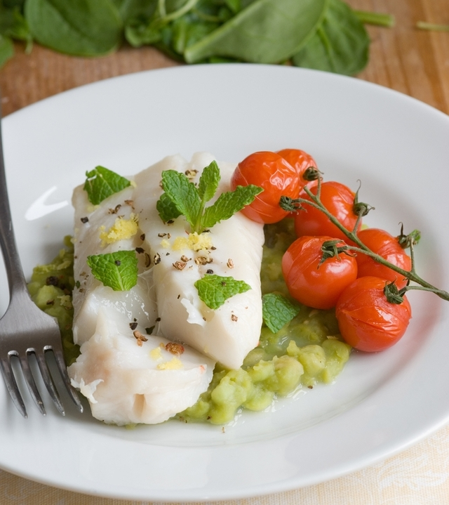 Lemon cod with basil bean mash