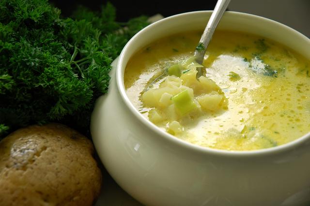 Potato and thyme soup