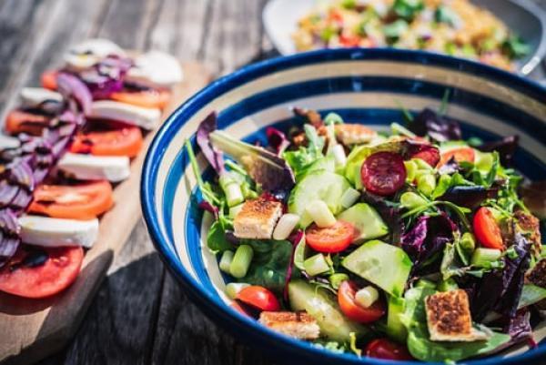 Quinoa cashew salad recipe