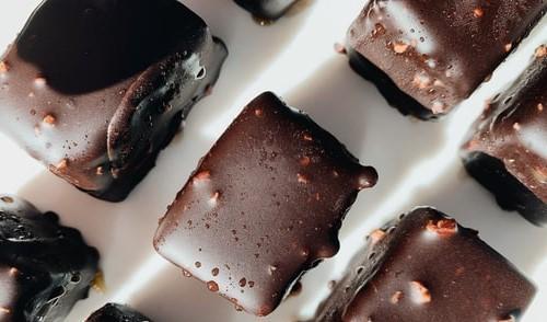 Healthy bakes: No-bake coconut chocolate bar recipe