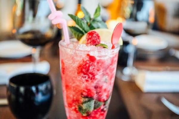 Mocktail recipes: Fresh raspberry-lime spritzer