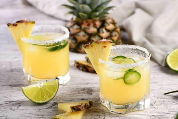 Its cocktail hour somewhere! How to make a Pineapple & Coconut mojito