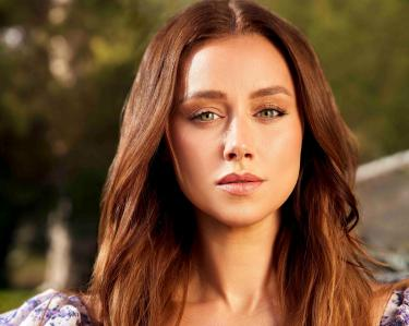 Una Healy is the new face of IsaDora: Check out her stunning makeup look