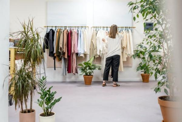 The summer capsule wardrobe edit: Neutrals, essentials and pops of colour!