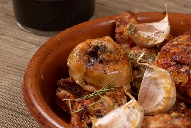 Spanish chicken with garlic