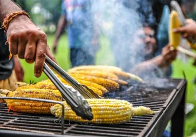 Having a BBQ this week? Here are 8 side dishes perfect for the occasion