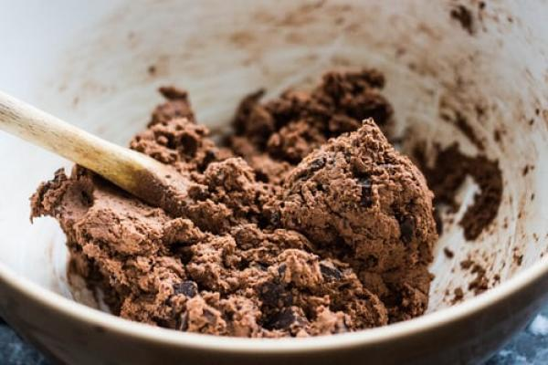 This five minute cookie dough recipe is the easiest, tastiest recipe around