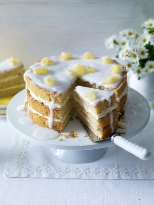 Elderflower and lemon drizzle cake