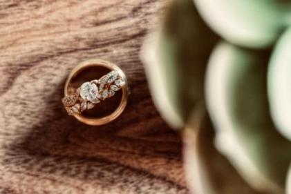 Want to stand out from the crowd? These alternative engagement rings fit the bill!