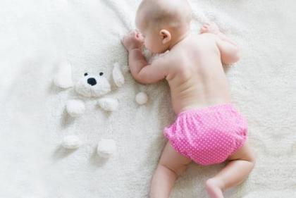 Strengthening, sensory development and positional prevention: Top benefits of tummy time
