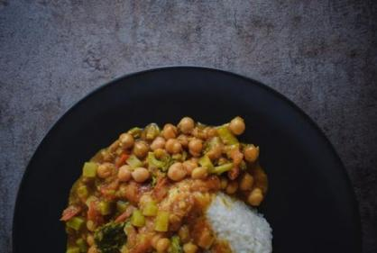 Looking for a healthy alternative to Friday night takeaways? Try this spicy potato curry!