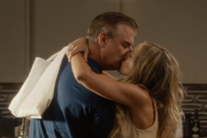 Watch: Carrie kisses Mr. Big in Sex and the City reboot teaser trailer