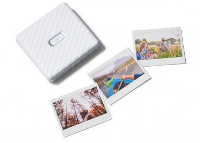 Looking for an easy way to print your pictures? Check out Fujifilms new instax Link Wide printer!