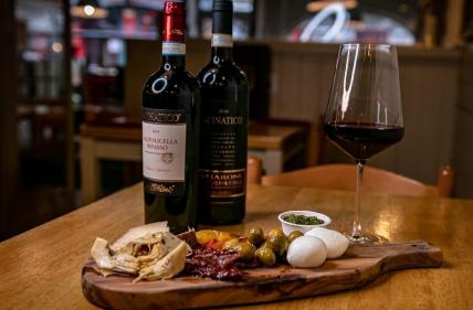 City breaks for foodies: Galways best tapas, cocktail and craft beer bars!