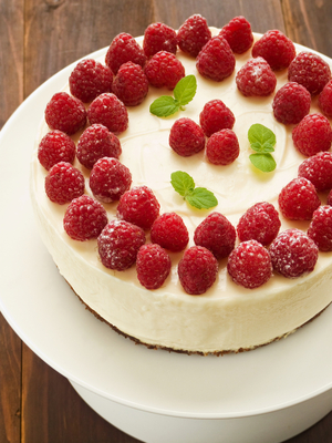 Ricotta and raspberry cheesecake