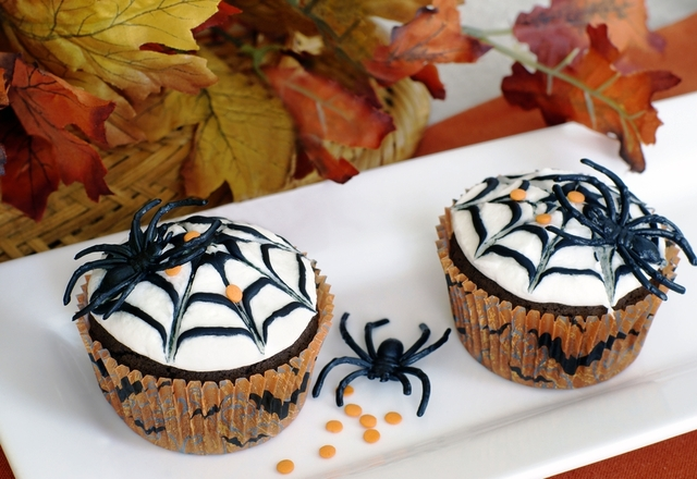 Spiderweb chocolate muffins