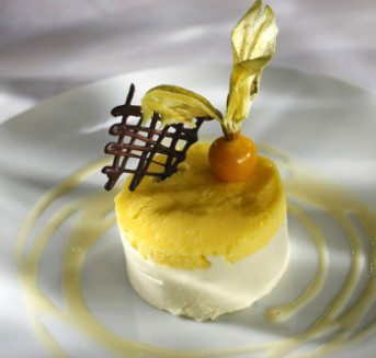 Vanilla & lemon mousse with Bailey's chocolate sauce
