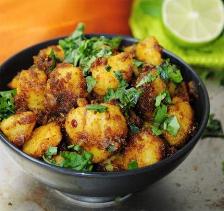 Cumin flavored Stir-fried Potatoes