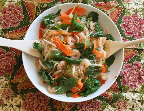 Cold asian noodle salad