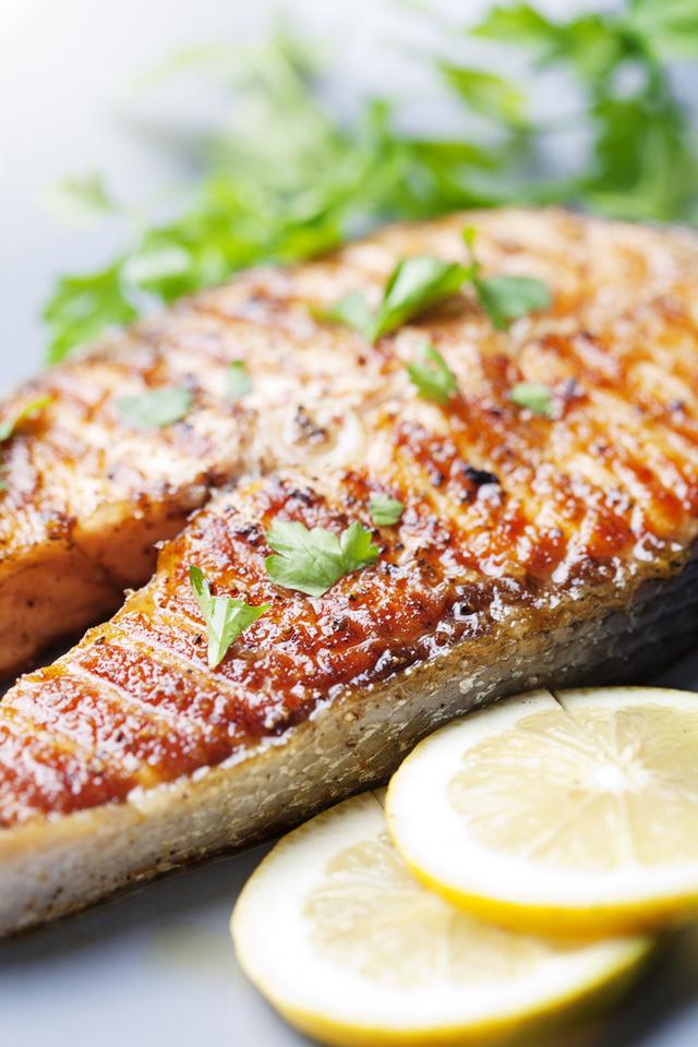 Lemon garlic salmon steaks