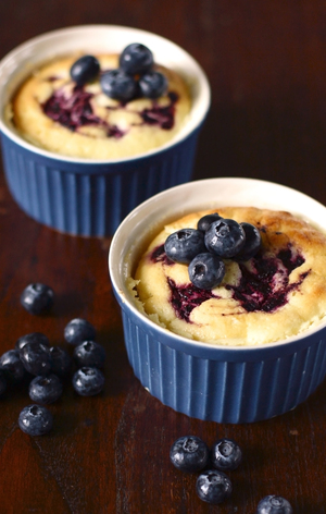 Individual blueberry puddings