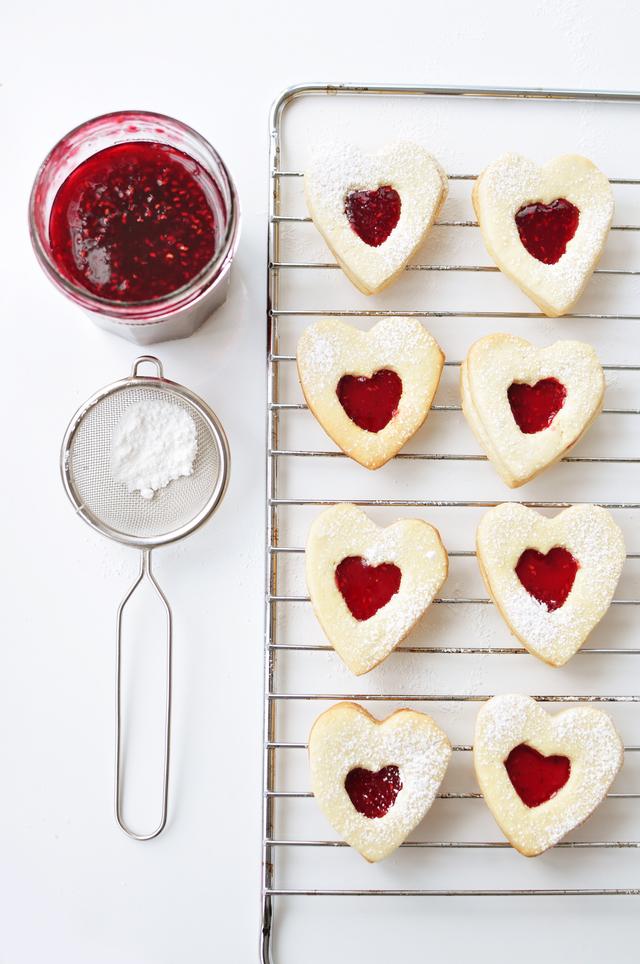 Cherry biscuit hearts