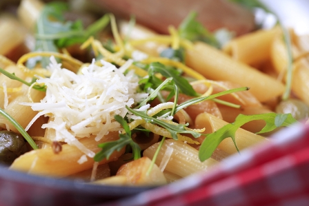 Creamy Baked Penne and Cheese