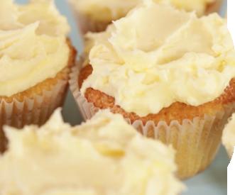 Butter cream cupcakes with golden butter cream