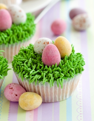 Easter-egg hunt cupcakes