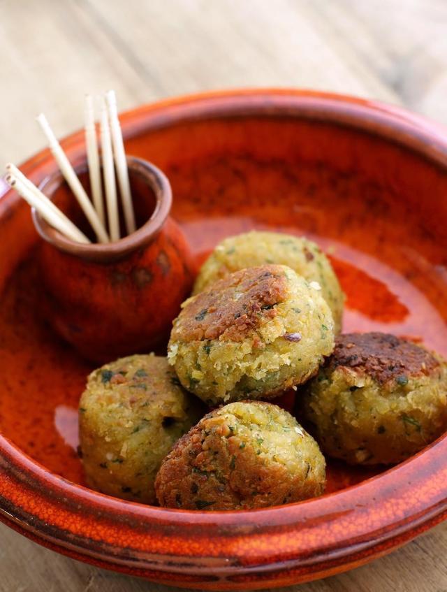 Spicy falafels