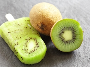 Kiwi lime ice pops